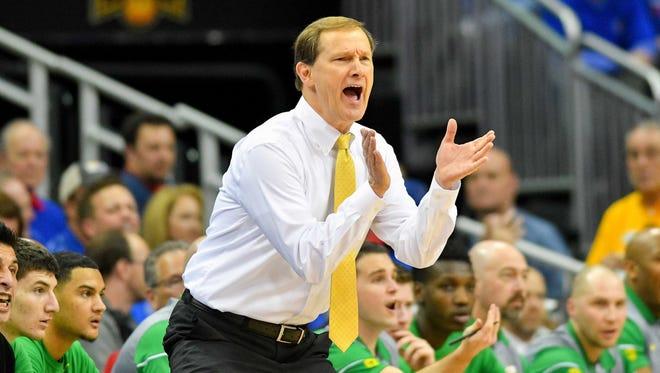 Oregon Ducks head coach Dana Altman.