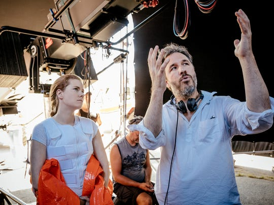 "Director Denis Villeneuve ""creates a very sort of calm set,"" Amy Adams says of her ""Arrival"" director."