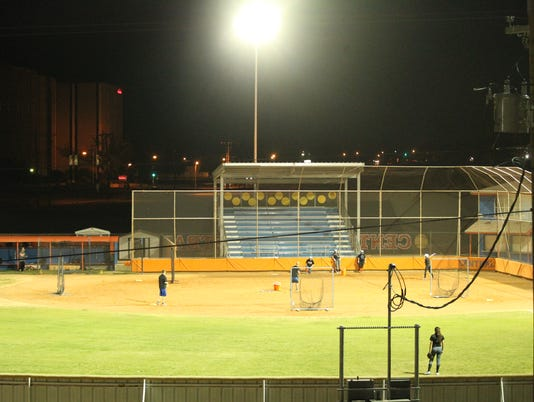 636543878644472727-Donsky-and-CHS-softball-lights-2018-025.JPG
