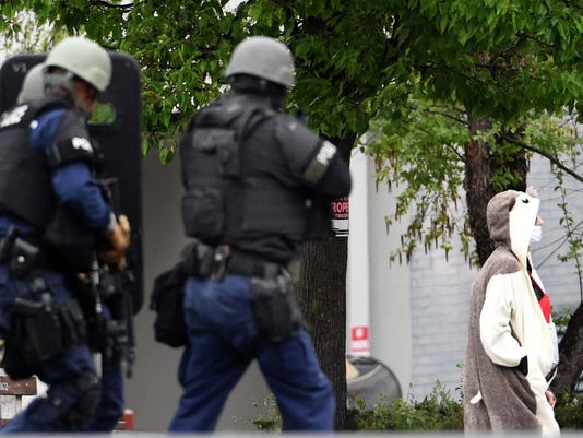 AP APTOPIX TV STATION EVACUATED A USA MD