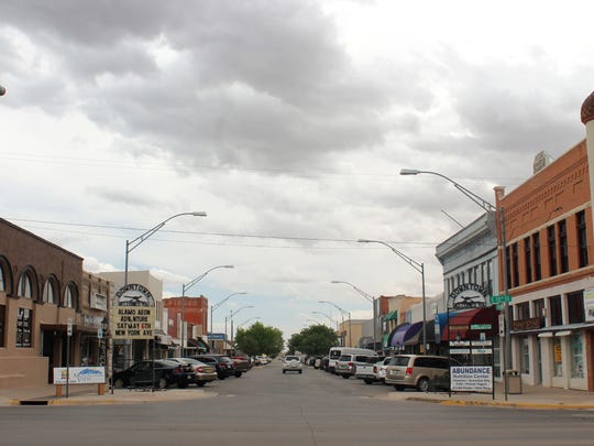 Historic Downtown Alamogordo is full of visitors on Friday afternoon. Alamogordo MainStreet's hope with the beautification project is to attract more visitors from White Sands Boulevard to New York Avenue.