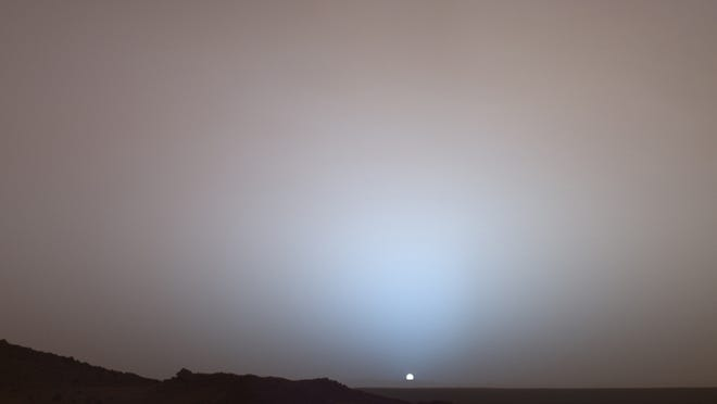 NASA's Mars Exploration Rover Spirit, May 19, 2005, captured this stunning sunset and evidence of the dusty atmosphere on Mars. NASA/Public domain/Wikimedia Commons]