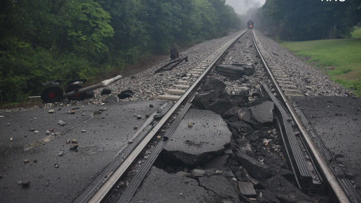A train derailment near Maryville evacuated 5,000 people.