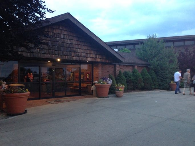 Beef House Restaurant is just off Interstate 74 in Covington, close to the Indiana-Illinois border.
