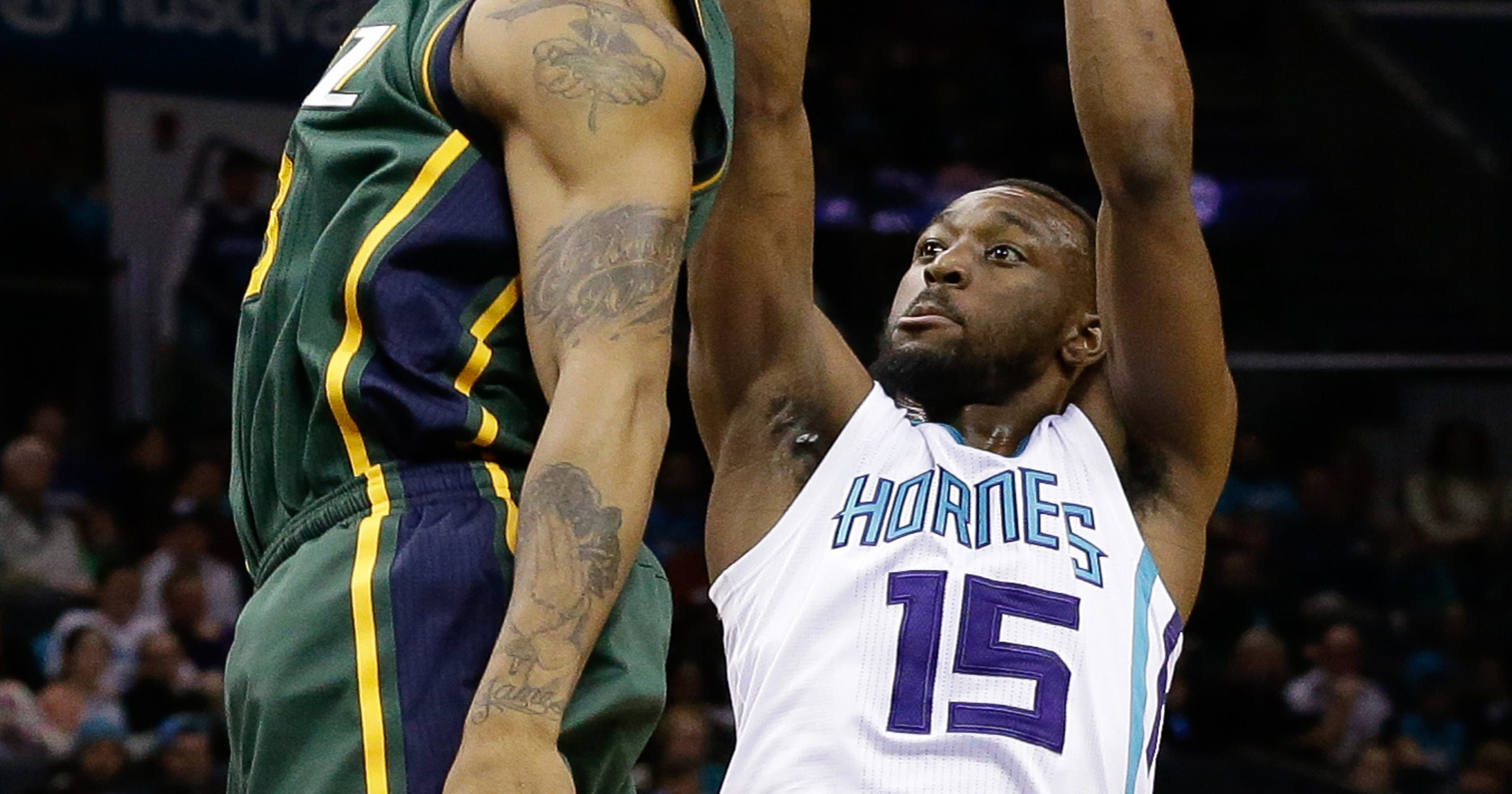 af838a463 Kemba Walker scores team-record 52 points in Hornets  2OT win over Jazz