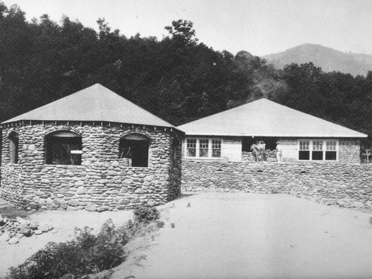The Round House was one of several the E.W. Grove had built at Lake Eden