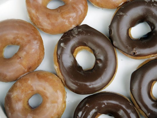 Krispy Kreme will crank out doughnuts 24 hours a day, seven days a week in its first weeks of opening in Fort Myers.