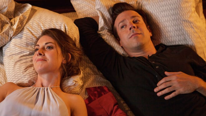 """Alison Brie and Jason Sudeikis keep it strictly platonic in """"Sleeping with Other People."""""""