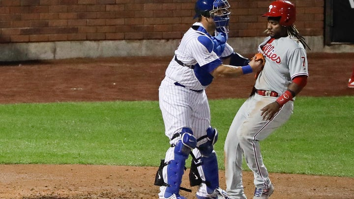 Wheeler homers, strikes out 11 as Mets rout Phillies 9-0