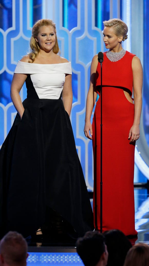 Amy and Jennifer, together onstage.