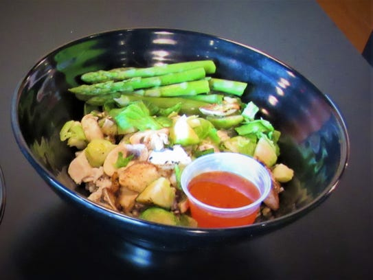 """This """"build your own bowl"""" from Clean Eatz is made"""
