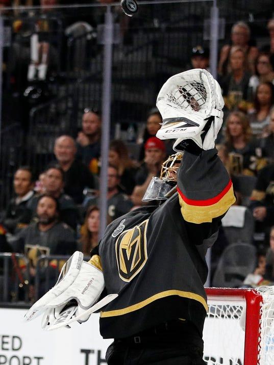 Stanley_Cup_Capitals_Hockey_68783.jpg