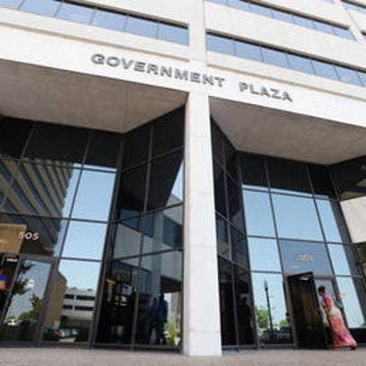 Government Plaza houses Shreveport city government