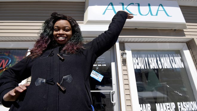 Trai'Shaun Beard is opening a hair loss treatment center called Akua's Hair Clinic. She hopes to have it open by May.