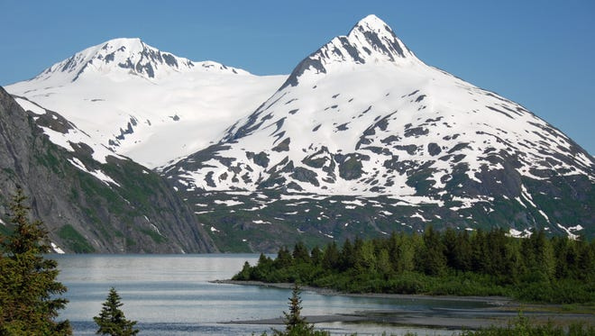 An Oregon man died after falling from Mount Yukla, which is part of the Alaskan Chugach Mountains, which are pictured.