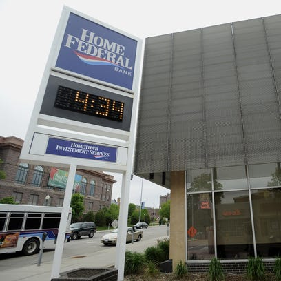 Home Federal Bank in downtown Sioux Falls.   (Elisha Page/Argus Leader)