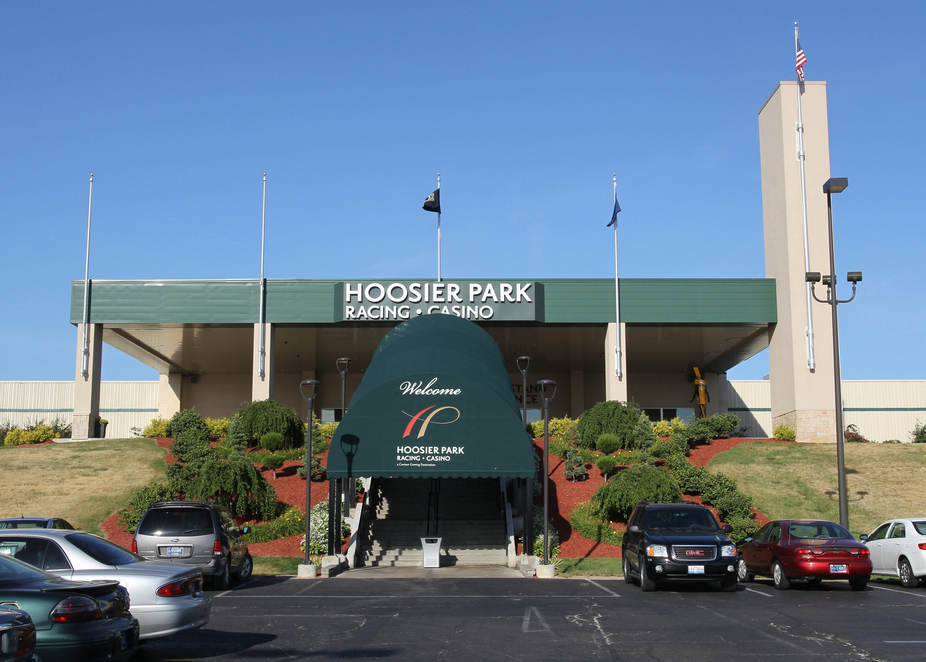 Does hoosier park casino have live dealers 777 slot nuts