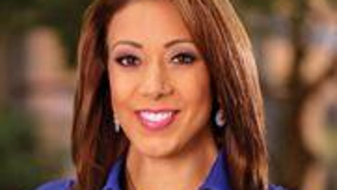 Jennifer mobilia to host roc city tonight co anchor newscast for Mobilia network