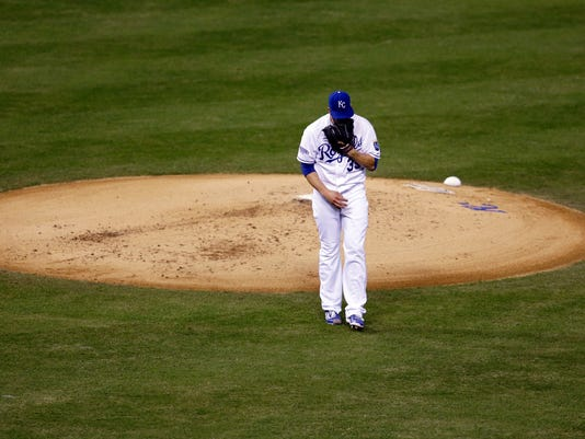 10ThingstoSeeSports - Kansas City Royals pitcher James Shields walks off the mound after giving up three runs in the first inning of Game 1 of baseball's World Series against the San Francisco Giants, Tuesday, Oct. 21, 2014, in Kansas City, Mo. (AP Photo/Jeff Roberson, File)