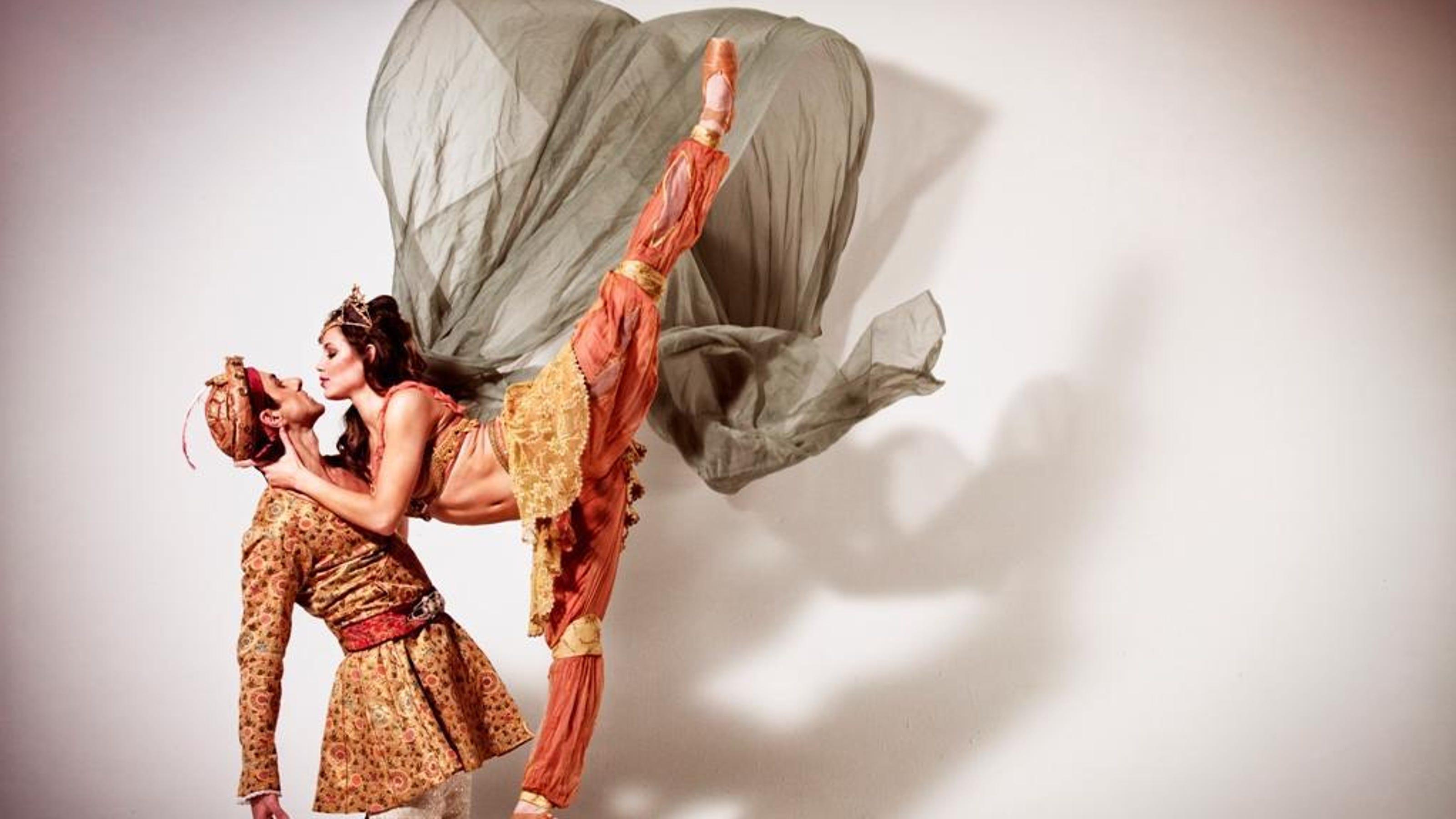 Milwaukee Ballet Bringing Back Scheherazade Mirror Mirror