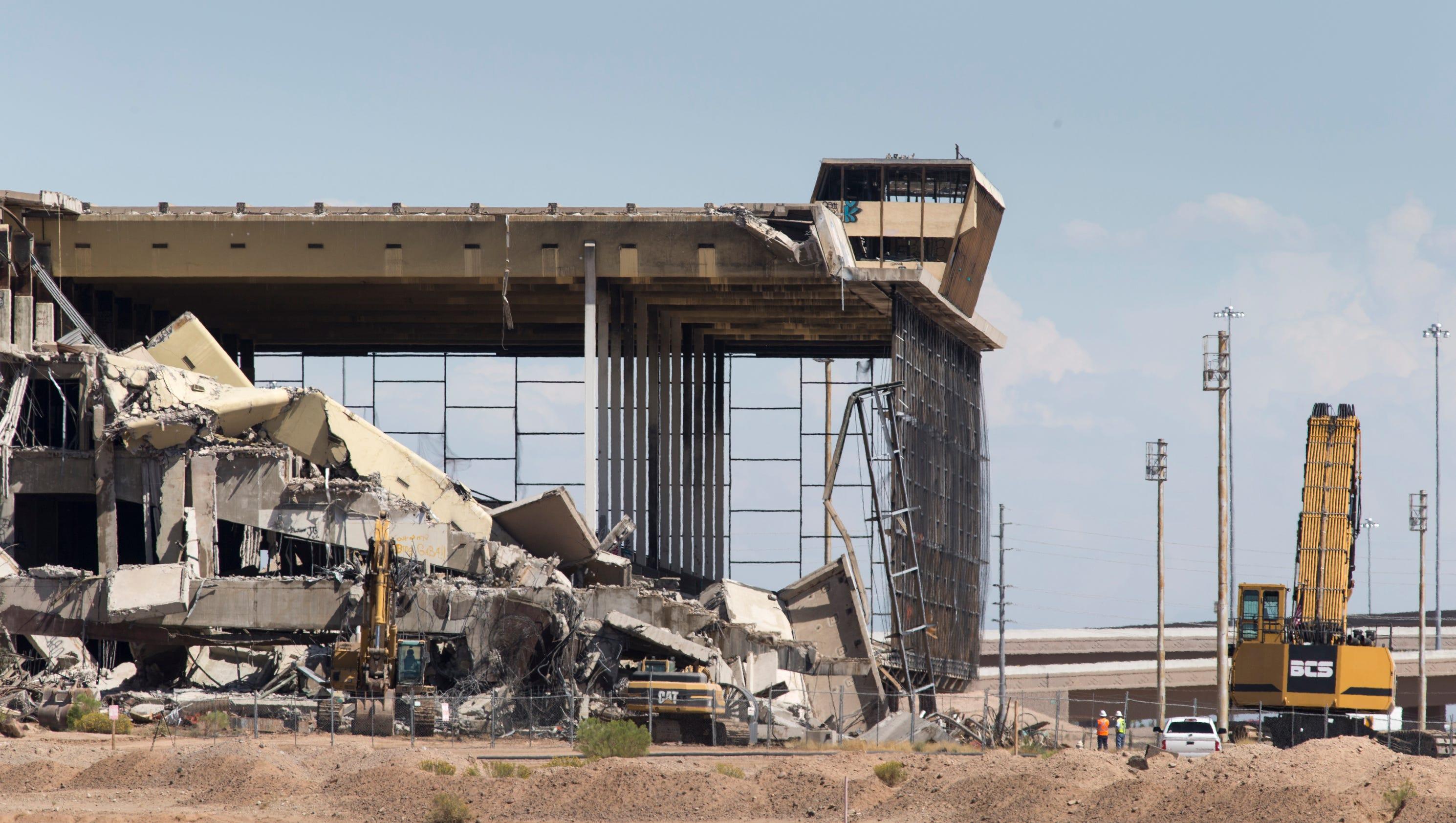 Demolition Of Iconic Phoenix Trotting Park Horse Racing