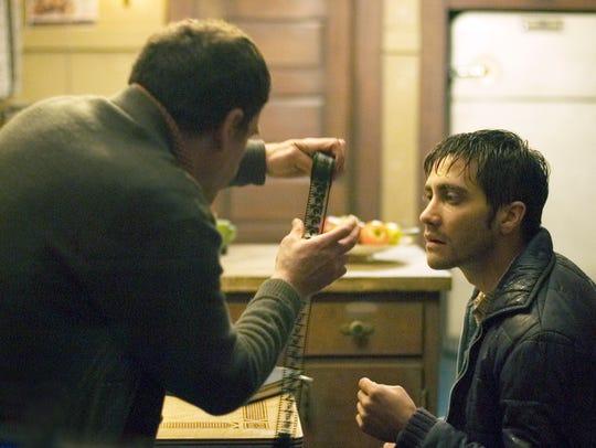 Robert Graysmith (Jake Gyllenhaal) tries to crack the