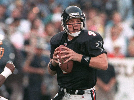 Brett Favre had a difficult rookie season with the Atlanta Falcons. The Falcons traded Favre to the Packers for a first-round draft choice in the off-season.