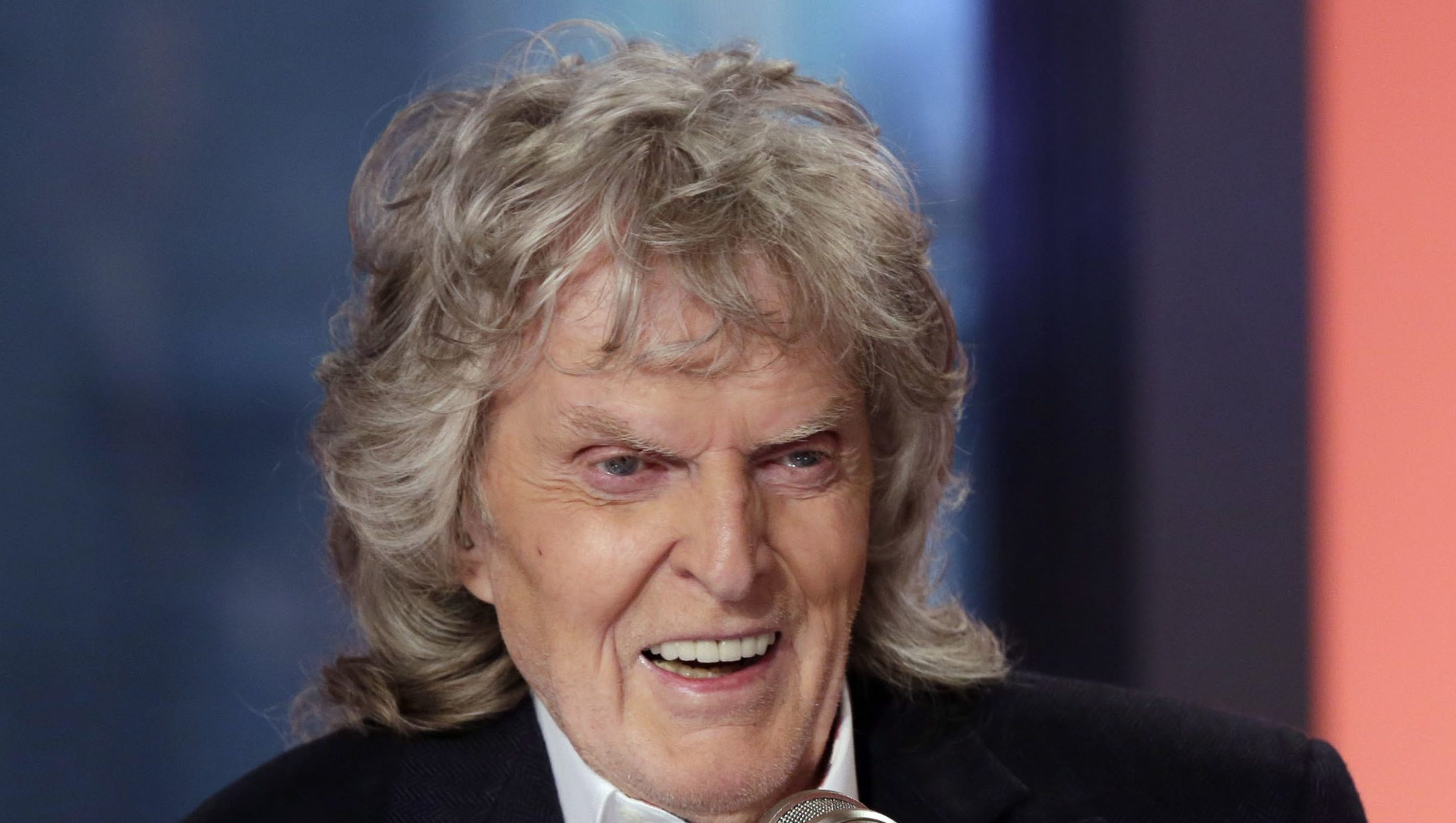 Imus, who used slurs about Rutgers team, ends show