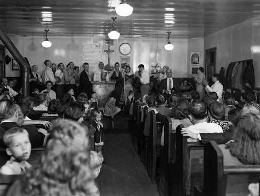 1948 snake handlers TM 14