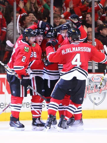 Chicago Blackhawks left wing Teuvo Teravainen (86)
