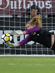 Alyssa Naeher replaced Hope Solo as U.S. goalie.