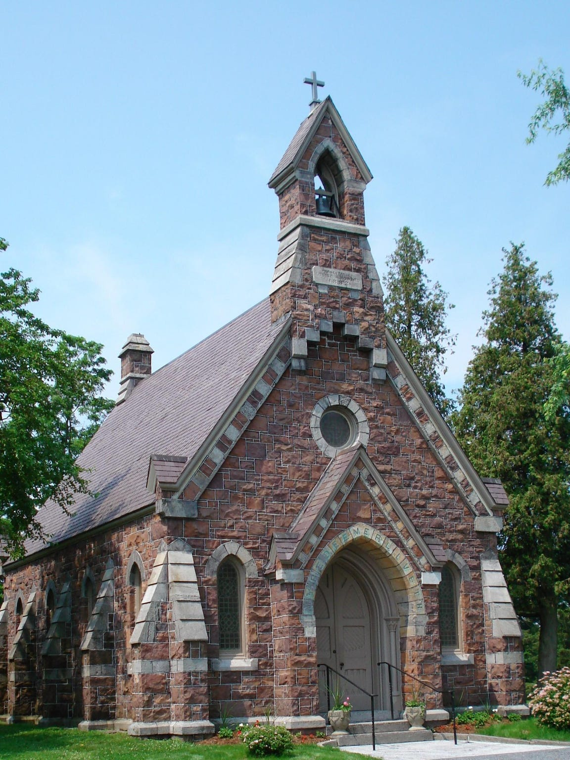 The Louisa Howard Chapel dates back to 1882. The restoration