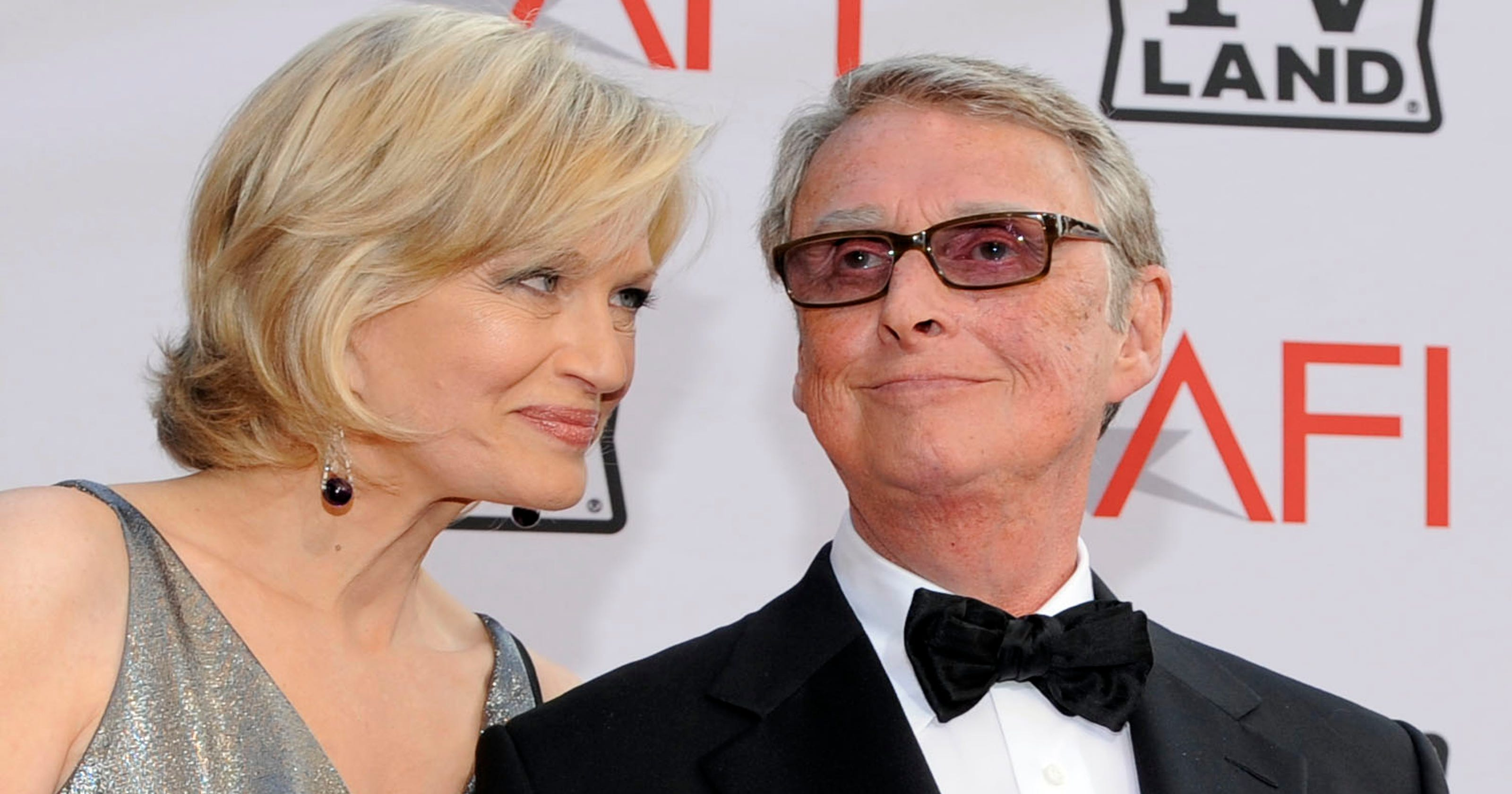 more photos 0b39f bd7ad Mike Nichols, crafter of films, plays, dies at 83