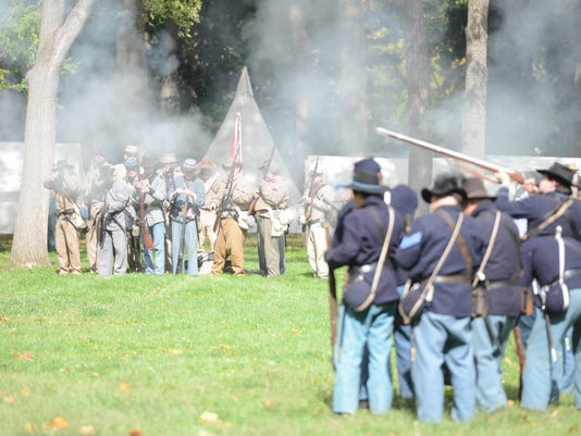 civil war reenactment 4.JPG