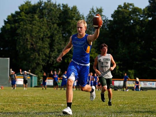Bolivar High School wide receiver Brandon Emmert scores