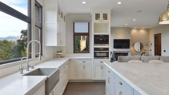 7f612f9598c7 A look inside the Northern California home Steph Curry sold for  2.94  million