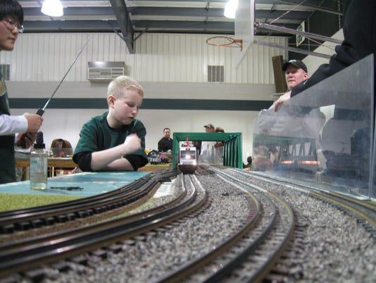 trains 4.jpg