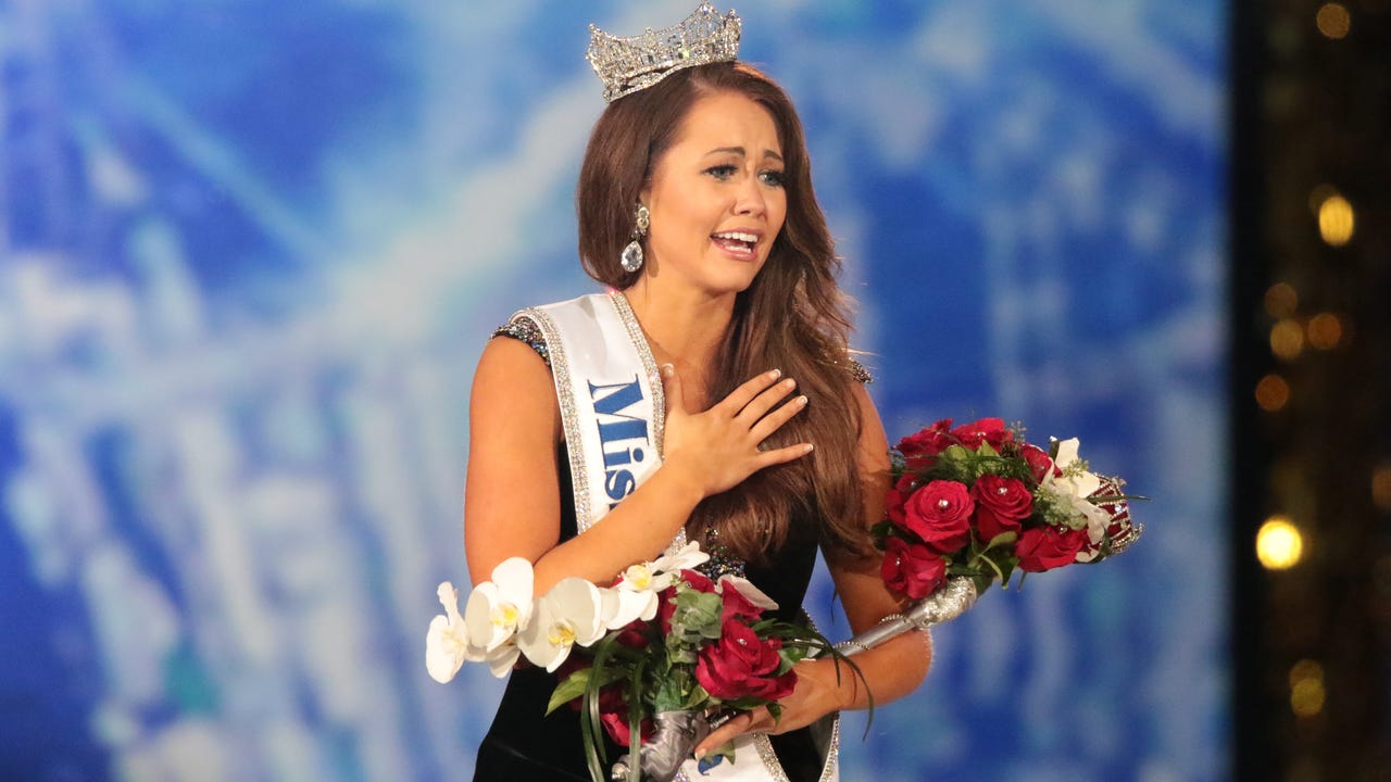 Miss North Dakota crowned Miss America