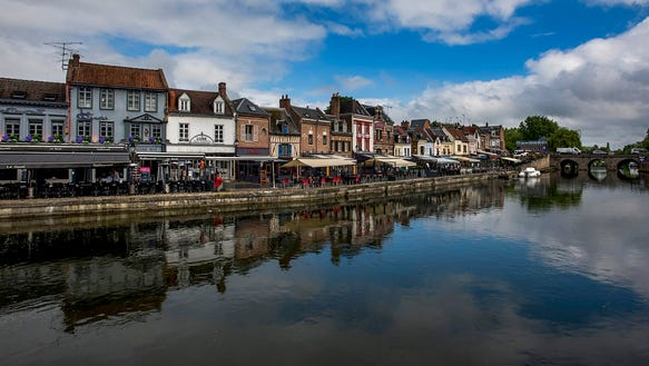 Bars and restaurants along the River Somme.