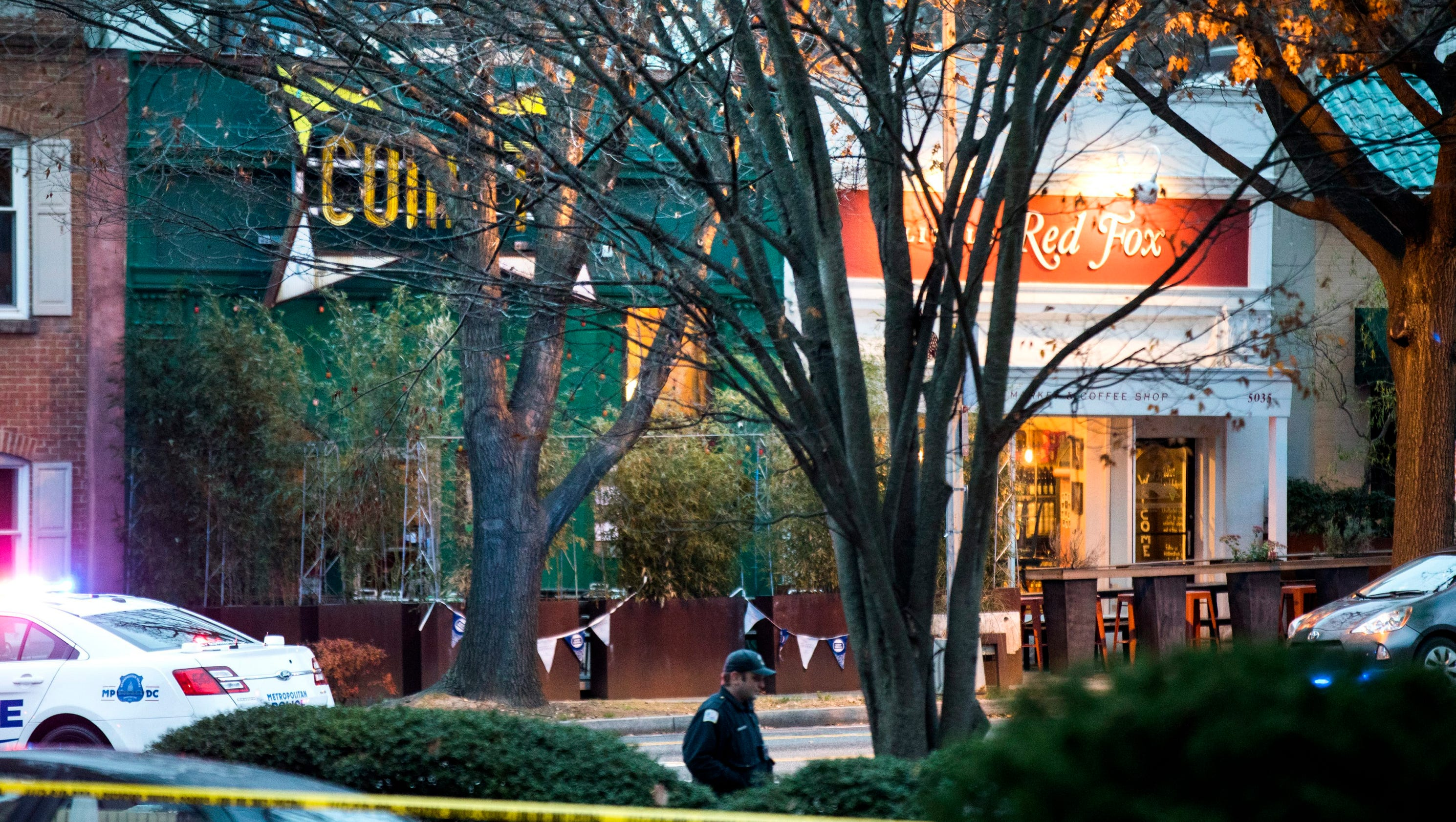 Man Fires Rifle In DC Restaurant At Center Of Fakenews - Washington dc map conspiracy
