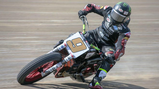 Jared Mees races to American Flat Track SuperTwins season opening victory at Volusia Speedway Park.