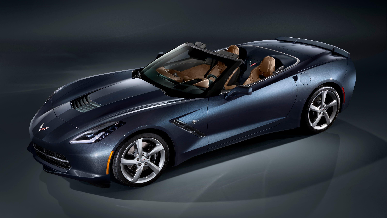 The 2014 Corvette Stingray also will offer a roadster model.