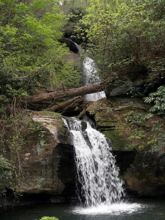 636292281858813205-Waterfall-1.jpg