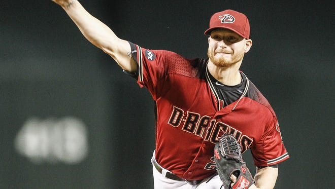Arizona Diamondbacks Shelby Miller (26) pitches the ball against the San Diego Padres on July 6, 2016 in Phoenix.