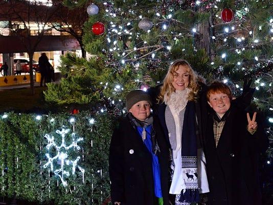 Reno Christmas tree lights up downtown
