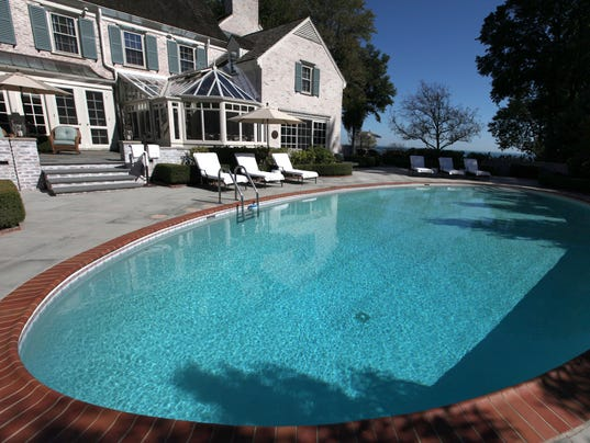 Miguel Cabrera linked to $3.2M Grosse Pointe Farms mansion