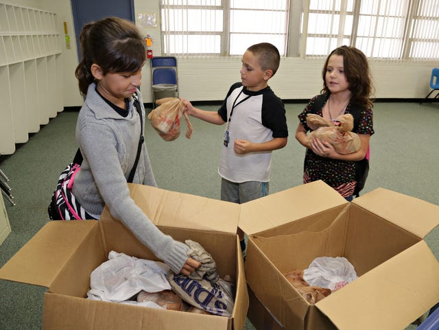 Kitchen on the Street: Feeding hungry kids each weekend