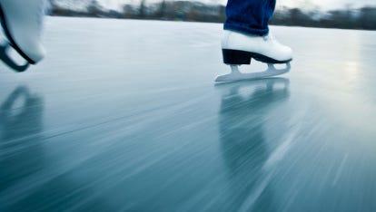 Ice skating rink returns to Cooper River Park.