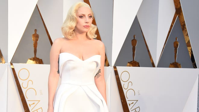 Mother Monster tweeted her support for Kesha before the Oscars.
