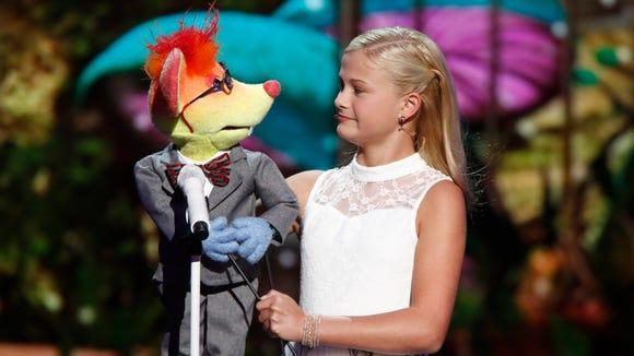Darci Lynne Farmer's puppet, Oscar, has a crush on